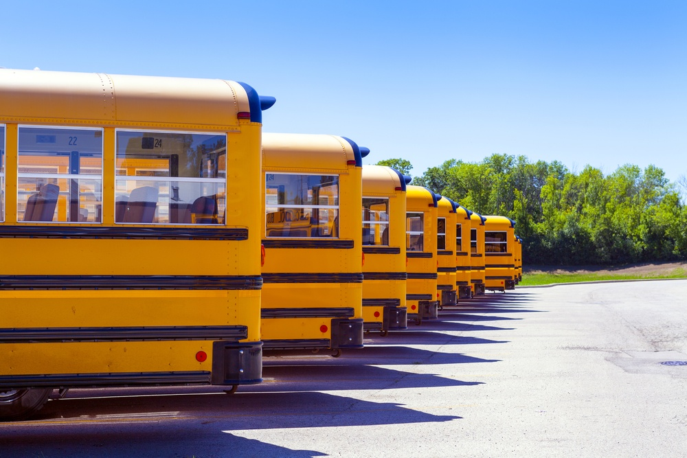 why_are_school_buses_yellow_safestop.jpg