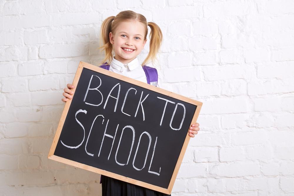 pros_and_cons_of_school_uniforms_safestop.jpg